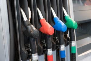 Экономить бензин
