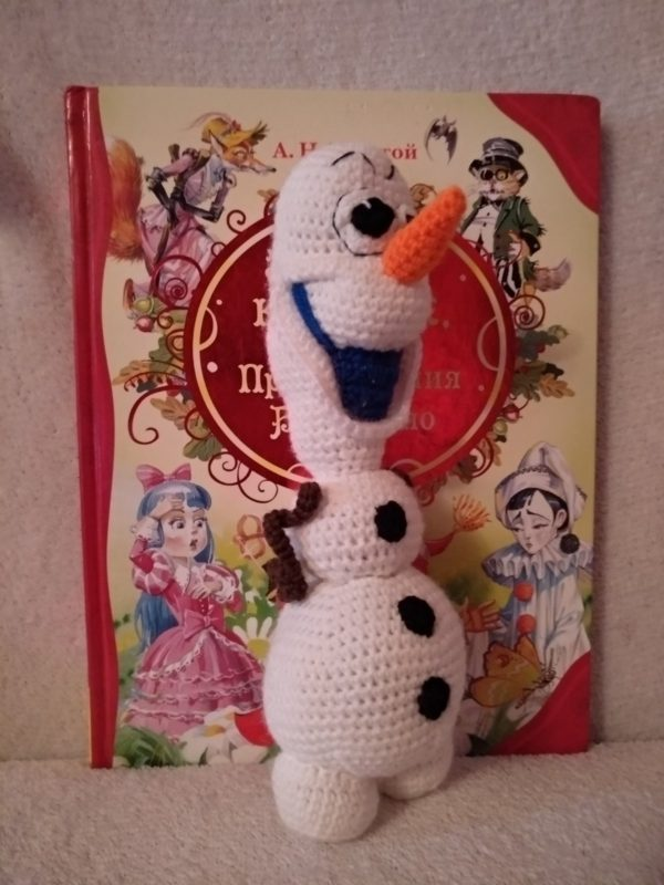 Мягкая Вязаная игрушка Снеговик Олаф