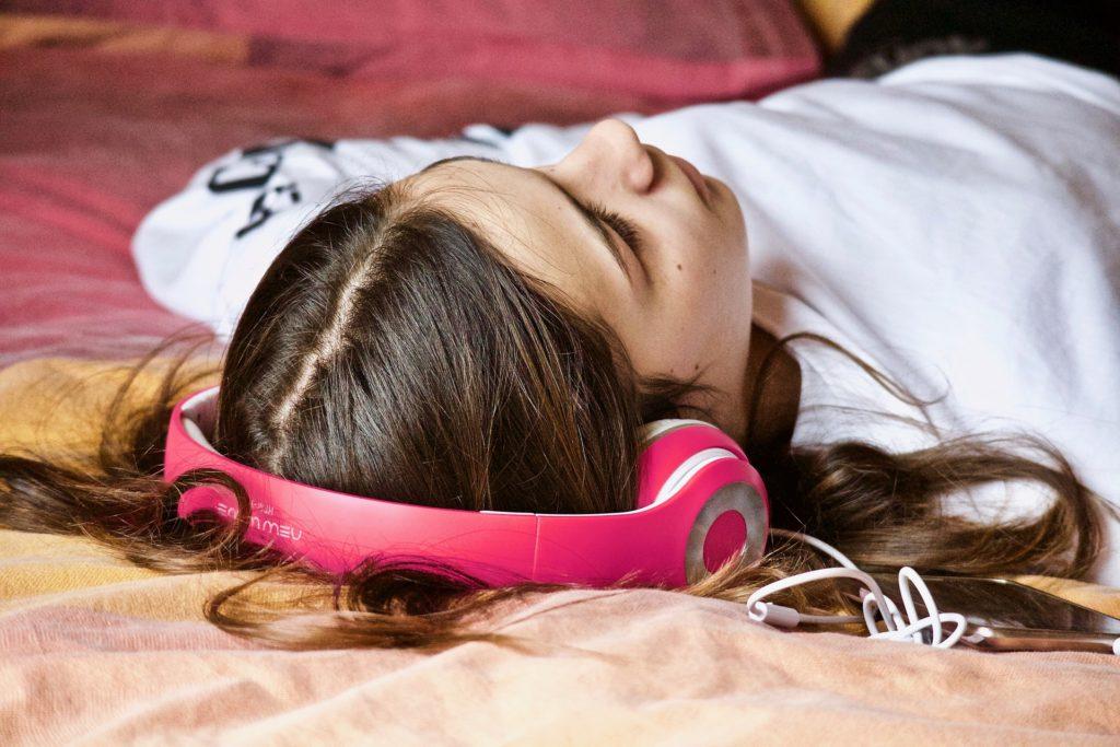 Лечение нарушений сна музыкой