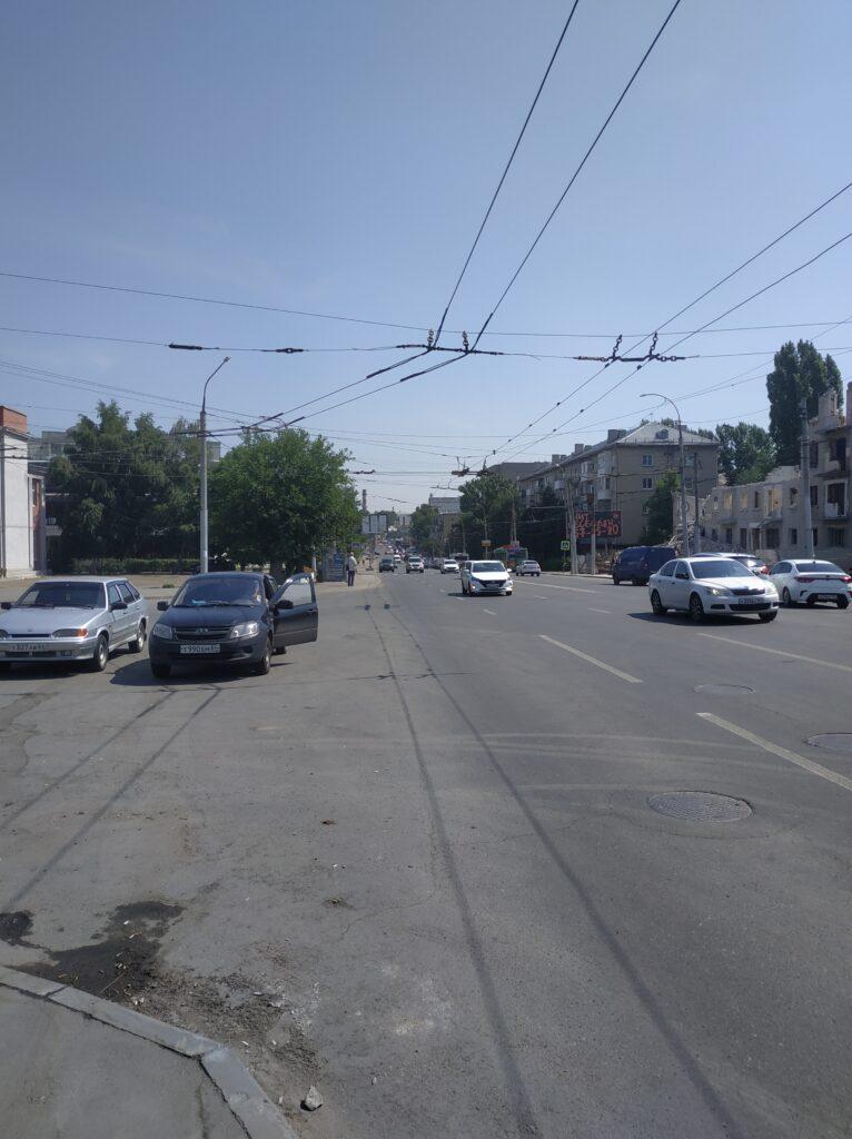 Саратов пробка на Орджоникидзе